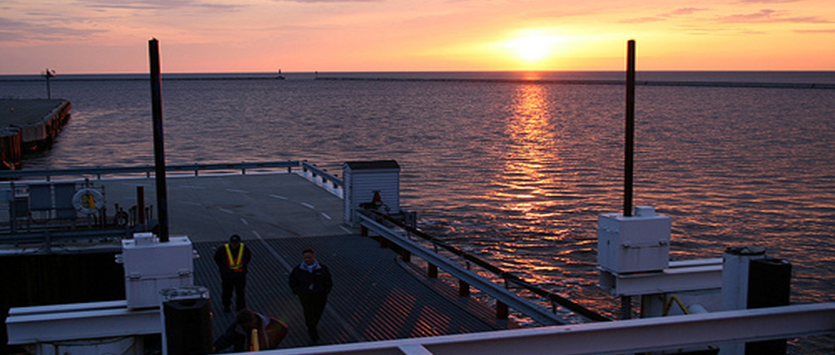 attractions-milwaukee-high-speed-ferry